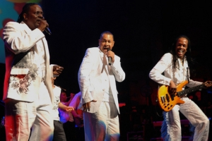 Philip Bailey, Ralph Johnson, Verdine White